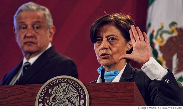 En primer plano aparece la directora de la Comisión Nacional del Agua, Blanca Jiménez Cismeros
